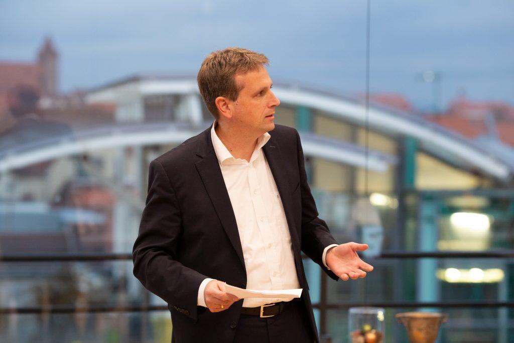 Hier sehen Sie unseren Geschäftsführer von IT2media Mathias Pauli.
