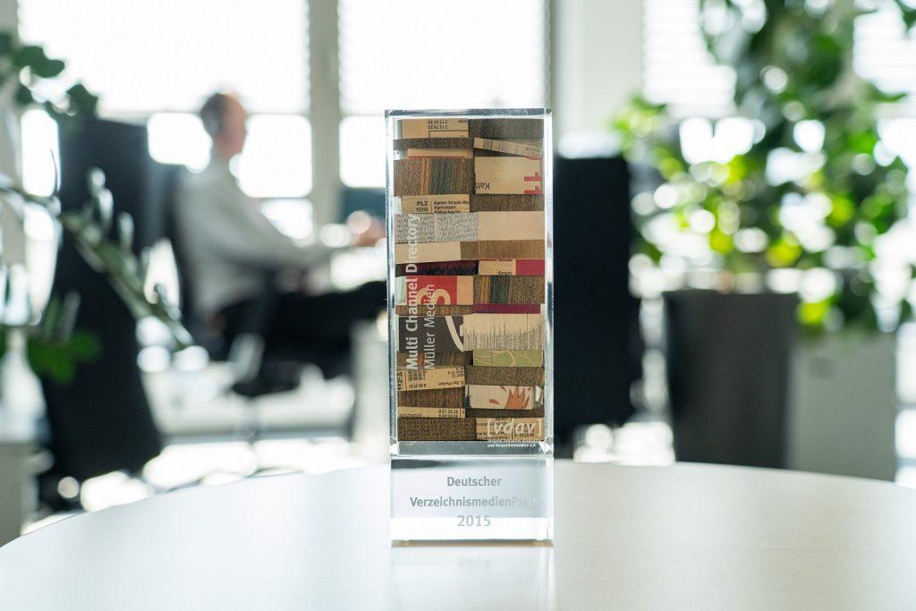 Die IT2media ist Träger des Deutschen Verzeichnismedienpreises 2015 für das Multi-Channel-Directory.